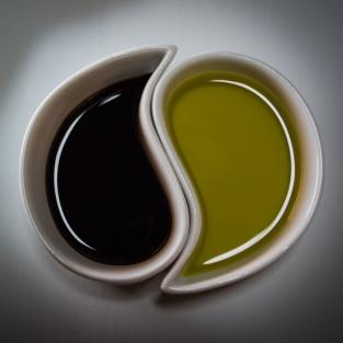 Yin Yang by Chris Standley Johnson